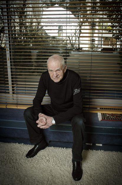 Milan Kundera, en un retrato proporcionado por su editorial en 2014.