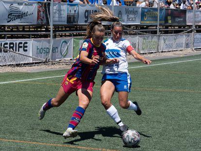 Egatesa Pisco ante Lieke Martens, en el Granadilla-Barcelona.