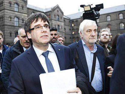 Carles Puigdemont, ayer a su llegada a la Universidad de Copenhague.