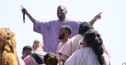 Kanye West oficia su Servicio de Domingo en el festival de Coachella 2019, en Los Ángeles.
