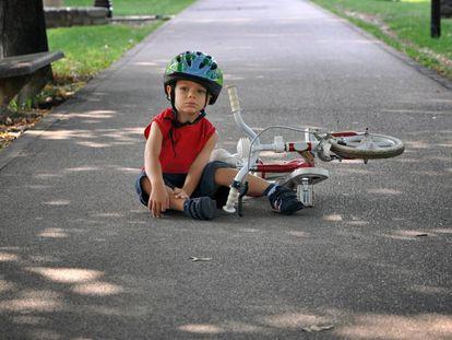 Cuando un niño es capaz de hacer cosas por sí mismo, fortalece su autoestima.