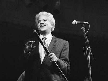 Johnny Pacheco durante una presentación, en Ámsterdam el 29 de julio de 1998.