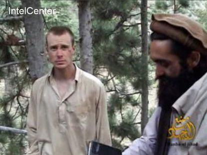 Imagen del sargento Bergdahl de un vídeo de los talibanes del año 2010.