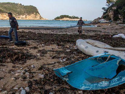 Desperfectos causados por la borrasca Gloria en el Port de San Miquel, en Ibiza.