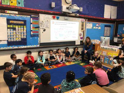 Christel Cazorla es maestra en la escuela bilingüe Amigos, en Cambridge (Massachusetts).