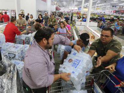 Así se preparan los residentes de Miami Beach, uno de los condados de mayor riesgo por inundación, ante la llegada de Irma
