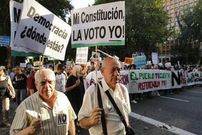 Protests on the reform of the Constitution to put cap on budget deficits.