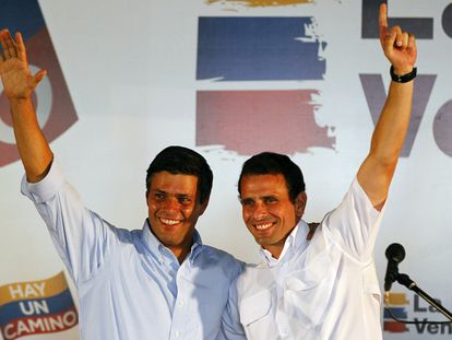 Leopoldo López junto a Henrique Capriles, en una imagen de enero de 2012.