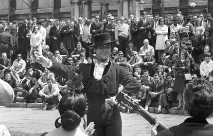 José Molina durante una actuación en Bryant Park, en Nueva York en 1967