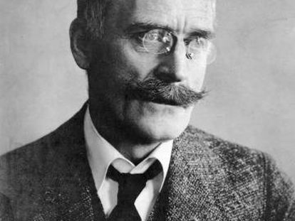 El escritor noruego Knut Hamsun.