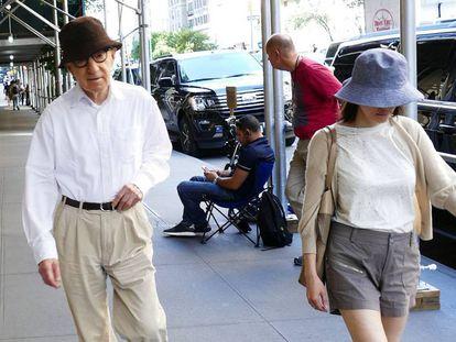 Woody Allen y su mujer, Soon-Yi, en Nueva York el pasado 23 de agosto.