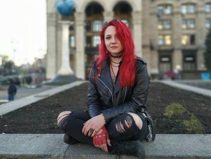 Anna-Sophia Puzanova, estudiante de Filología de 17 años, en la plaza de la Independencia de Kiev.