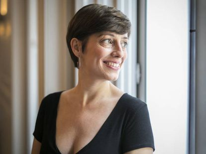 La escritora Marta Carnicero, autora de la novela 'El cielo según Google'.