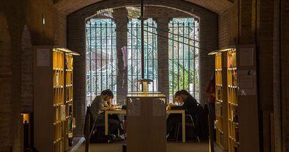 Una biblioteca de la Universidad Pompeu Fabra, la semana pasada.