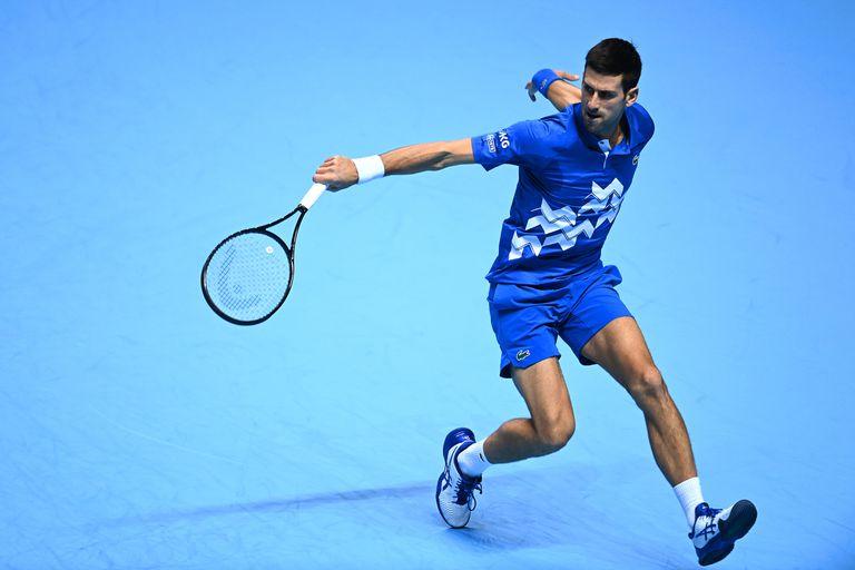 Djokovic, durante el partido contra Zverev en el O2 de Londres.