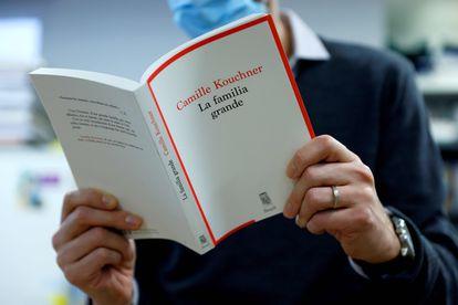 La publicación de 'La familia grande', a comienzos de año, ha dado un vuelco al debate sobre los abusos de menores en Francia.