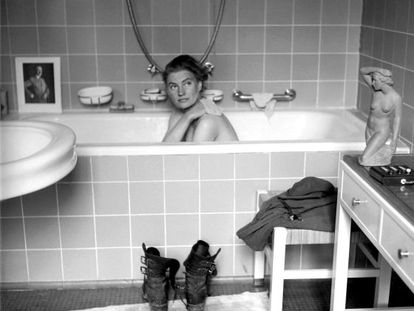 Lee Miller se da un baño en la residencia de Múnich de Adolf Hitler.