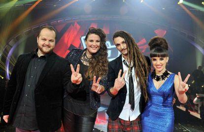 David Barrull, Estela Amaya, Jaume Mas y Dina Arriaza tratarán de ganarse hoy a la audiencia en 'La voz'.