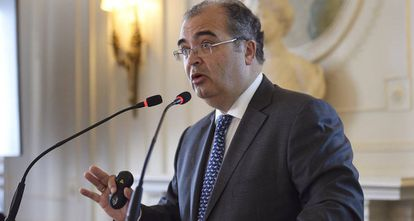 El presidente del Banco Popular, Ángel Ron, durante una conferencia este verano en Santander
