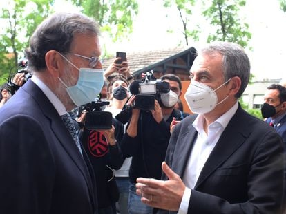 Mariano Rajoy y José Luis Rodríguez Zapatero en un acto de homenaje a Alfredo Pérez Rubalcaba, este lunes.