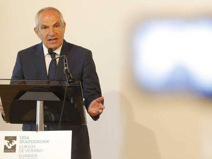 Antonio Caño en la inauguración de los Cursos de Verano de la UPV.