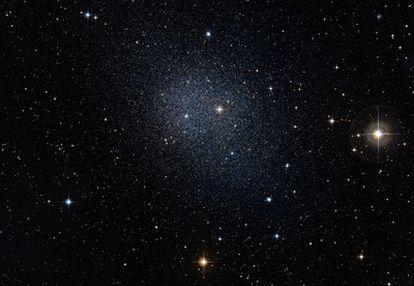 La galaxia enana Fornax, vecina de la Vía Láctea.