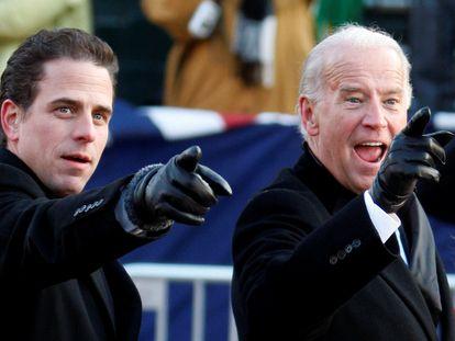 Joe Biden y su hijo Hunter el día de la toma de posesión de Barack Obama en enero de 2009.