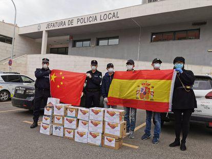Una donación de la comunidad china en Almería.