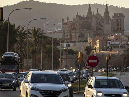 Un atasco en Palma de Mallorca.