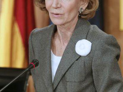 La vicepresidenta Salgado, durante la rueda de prensa de hoy