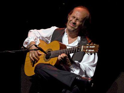 Paco de Lucía, durante un concierto en Madrid en junio de 2010