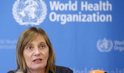 La subdirectora general de la Organización Mundial de la Salud (OMS), Marie-Paule Kieny, explica las conclusiones del Comité de Ética.