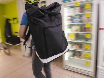 Dentro de un supermercado fantasma: la compra contrarreloj