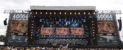 Vista del escenario del festival musical celebrado en Londres, en homenaje a Nelson Mandela.