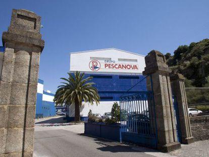 Entrada de la sede del grupo Pescanova en Redondela (Pontevedra)