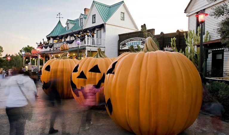 Calabazas de Halloween a Port Aventura en una imagen de archivo.