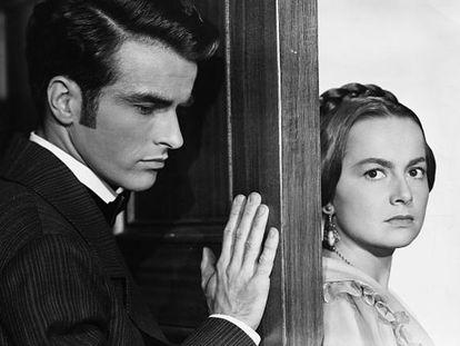 Montgomery Clift y Olivia de Havilland en 'La heredera' (1949).