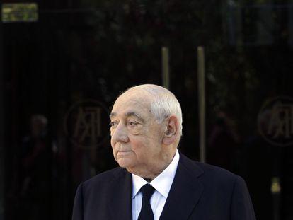 Isidoro Álvarez Álvarez, Presidente del Consejo de Administración de El Corte Inglés, poco antes de la reunion de la junta de accionistas, agosto de 2014.
