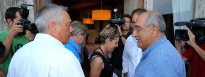 Pere Navarro y Joaquim Nadal, este miércoles, en Palafrugell.