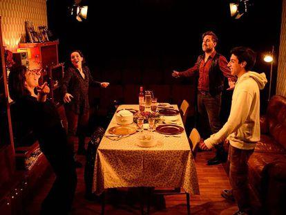 Una escena de 'Lo nuestro'.