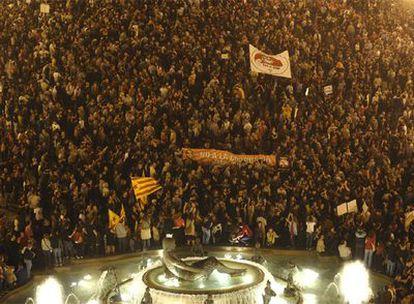 Aspecto de la cabeza de la manifestación contra la corrupción política que ha tenido lugar hoy en Valencia