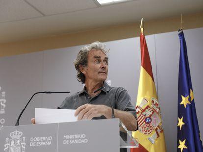 El director del Centro de Coordinación de Alertas y Emergencias Sanitarias (CCAES), Fernando Simón, durante la rueda de prensa del 3 de agosto.