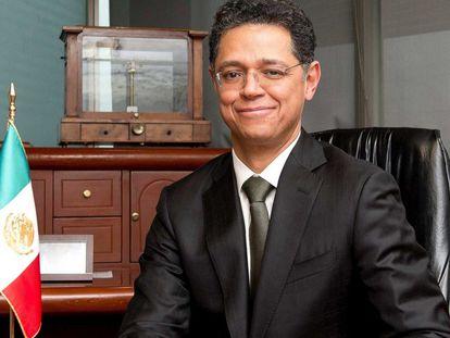 César Hernández Ochoa en la Cofece en 2017.