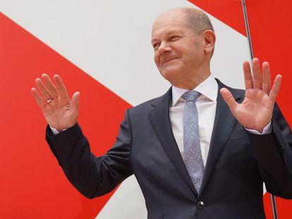 Olaf Scholz durante una rueda de prensa tras conocer resultados provisionales de las elecciones en Alemania.