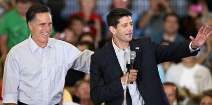 El republicano Mitt Romney y Paul Ryan, su compañero de candidatura.