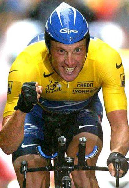Armstrong, tras su victoria en la contrarreloj de Nantes, en el Tour 2003.