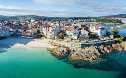 Playa de Caneliñas en las Rías Baixas en Pontevedra.