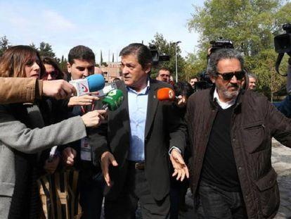 Javier Fernandez, presidente de la Comision Gestora del PSOE, durante el Foro Politico del PSOE en Madrid.