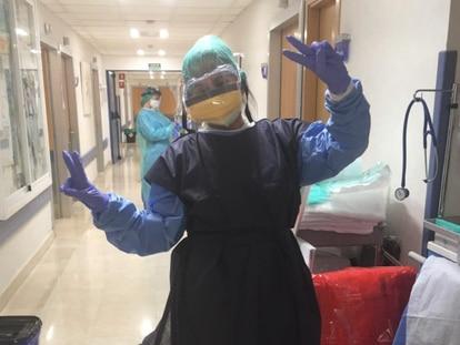 Iris Arteaga, auxiliar de enfermería beneficiaria del programa de alojamiento solidario en pisos turísticos de Madrid.