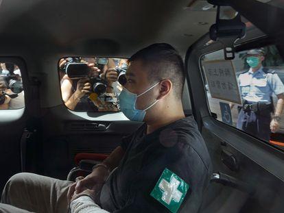Leon Tong Ying-kit a su llegada al tribunal en una imagen del 6 de julio
